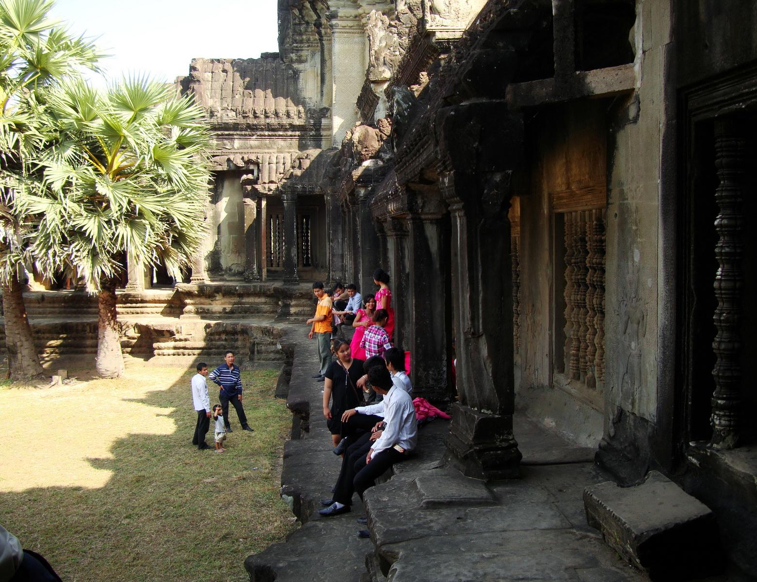 Angkor Wat panoramic views Western Gopura outside 03