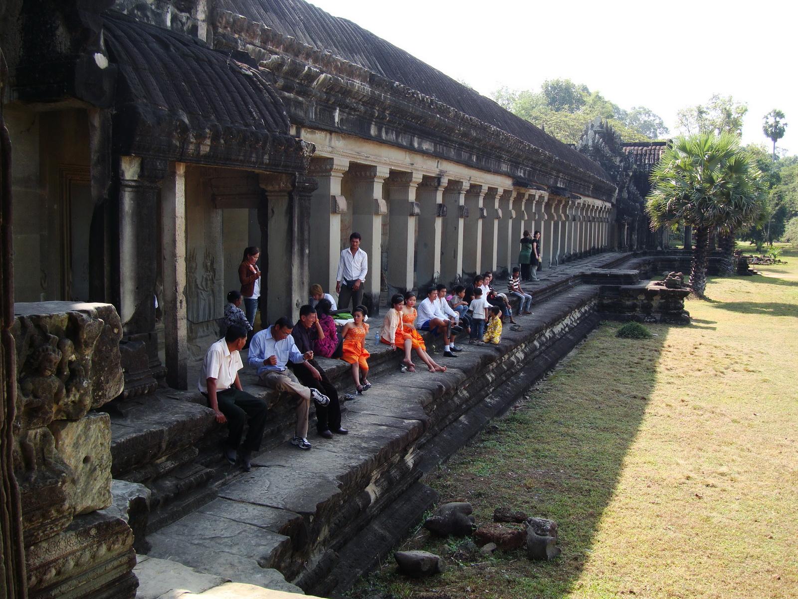 Angkor Wat panoramic views Western Gopura outside 06