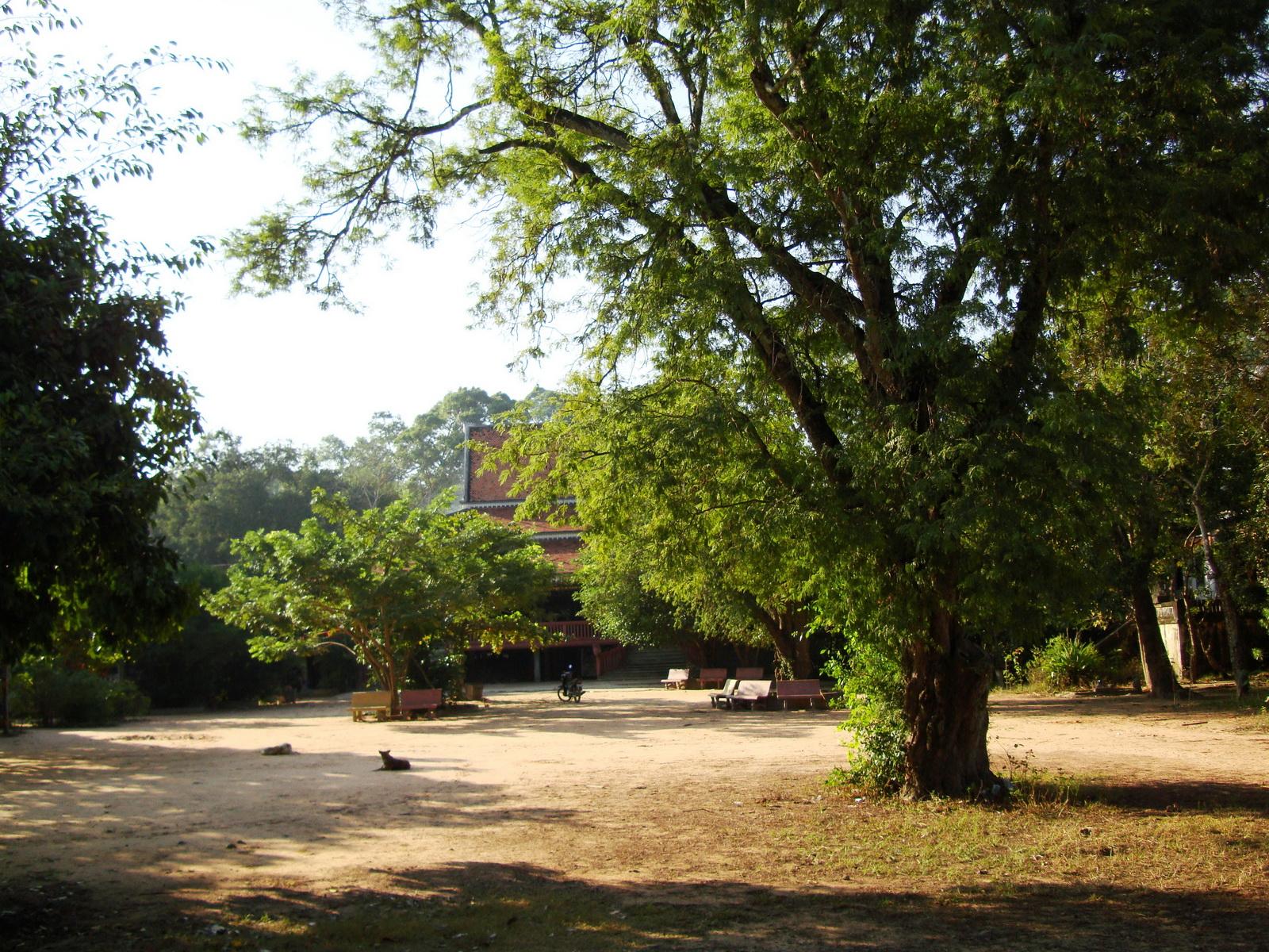 Buddhist monastery area Angkor Wat Seim Reap 06