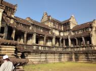 Asisbiz Angkor Wat Khmer architecture eastern gallery entrance 04
