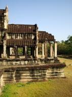 Asisbiz Angkor Wat Khmer architecture eastern gallery entrance 08