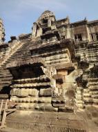 Asisbiz Angkor Wat Khmer architecture inner sanctuary E entrance 08