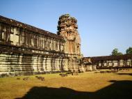 Asisbiz Angkor Wat Khmer architecture internal gallery E entrance 10