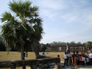 Asisbiz Angkor Wat Western Gopura inside looking southwest 01