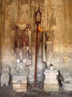 Asisbiz Angkor Wat inner sanctuary gallery Buddha relics 01