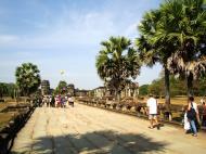 Asisbiz Angkor Wat looking down towards the Western Gopura 02
