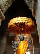 Asisbiz Angkor Wat outer Western Gopura Buddhas 07