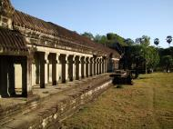 Asisbiz Khmer architecture east gallery south wing passageways 05
