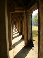 Asisbiz Khmer architecture east gallery south wing passageways 10