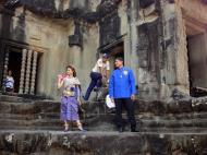 Asisbiz Traditional bride and groom fotos Angkor Wat Siem Reap Cambodian 04