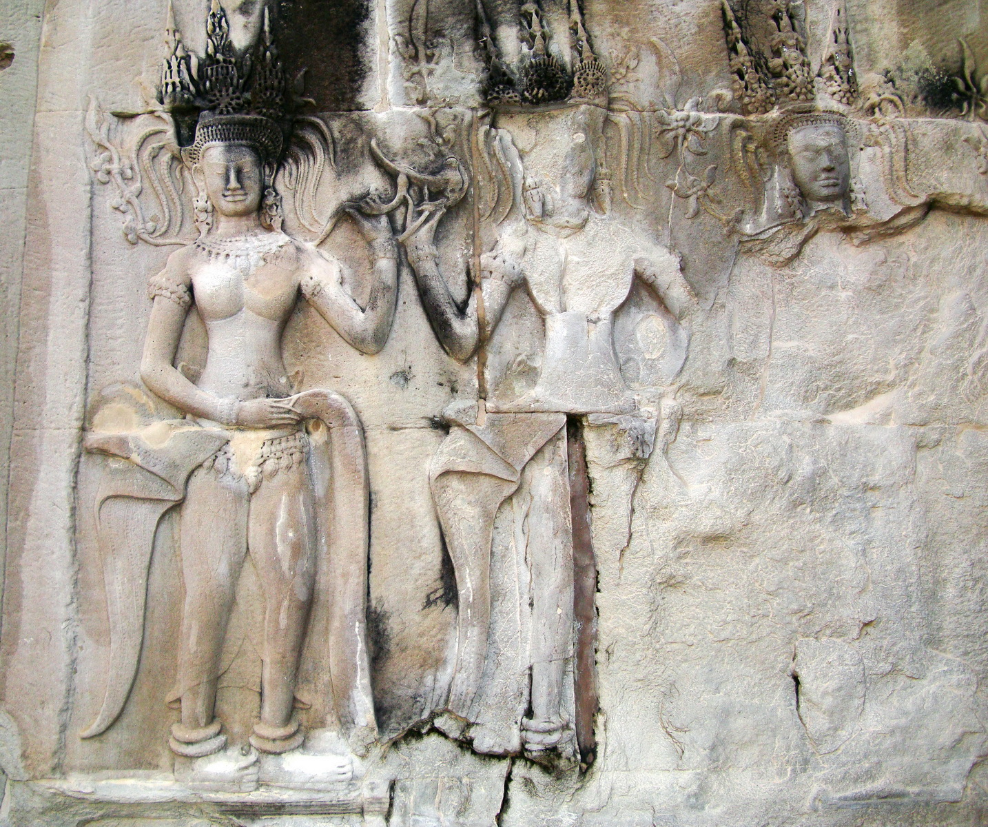 Angkor Wat Khmer architecture bas relief devatas Siem Reap 14