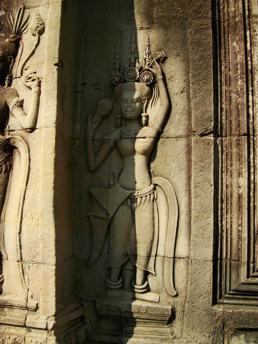 Angkor Wat Khmer architecture bas relief devatas Siem Reap 54