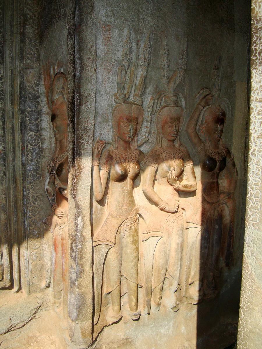 Angkor Wat Khmer architecture bas relief devatas Siem Reap 72
