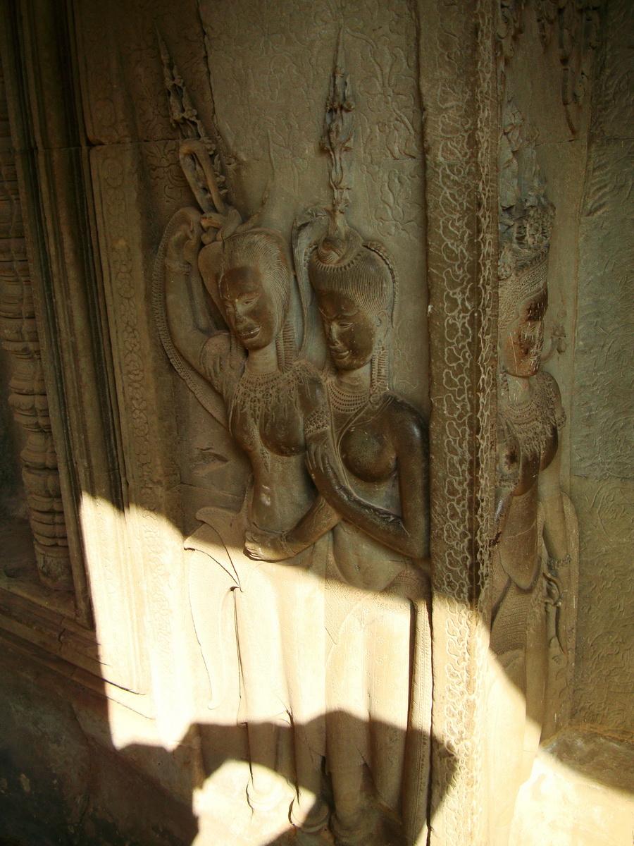 Angkor Wat Khmer architecture bas relief devatas Siem Reap 73