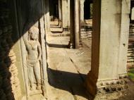 Asisbiz Angkor Wat Khmer architecture bas relief devatas Siem Reap 06