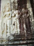 Asisbiz Angkor Wat Khmer architecture bas relief devatas Siem Reap 11