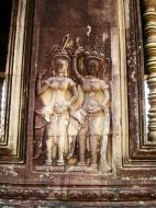 Asisbiz Angkor Wat Khmer architecture bas relief devatas Siem Reap 31