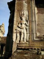 Asisbiz Angkor Wat Khmer architecture bas relief devatas Siem Reap 50