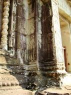 Asisbiz Angkor Wat Khmer architecture bas relief devatas Siem Reap 51