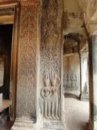 Asisbiz Angkor Wat Khmer architecture bas relief devatas Siem Reap 62