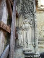 Asisbiz Angkor Wat Khmer architecture bas relief devatas Siem Reap 75