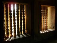Asisbiz Angkor Wat Khmer architecture bas relief internal windows 03