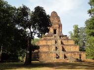 Asisbiz Baksei Chamkrong Temple Angkor Siem Reap Cambodia Jan 2010 08