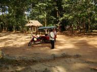 Asisbiz Baksei Chamkrong Temple Angkor Siem Reap Cambodia Jan 2010 17