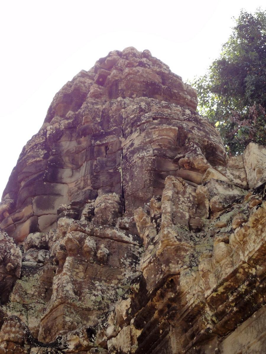 A Banteay Kdei Temple Gopura IV E Bayon style 4 faces 05