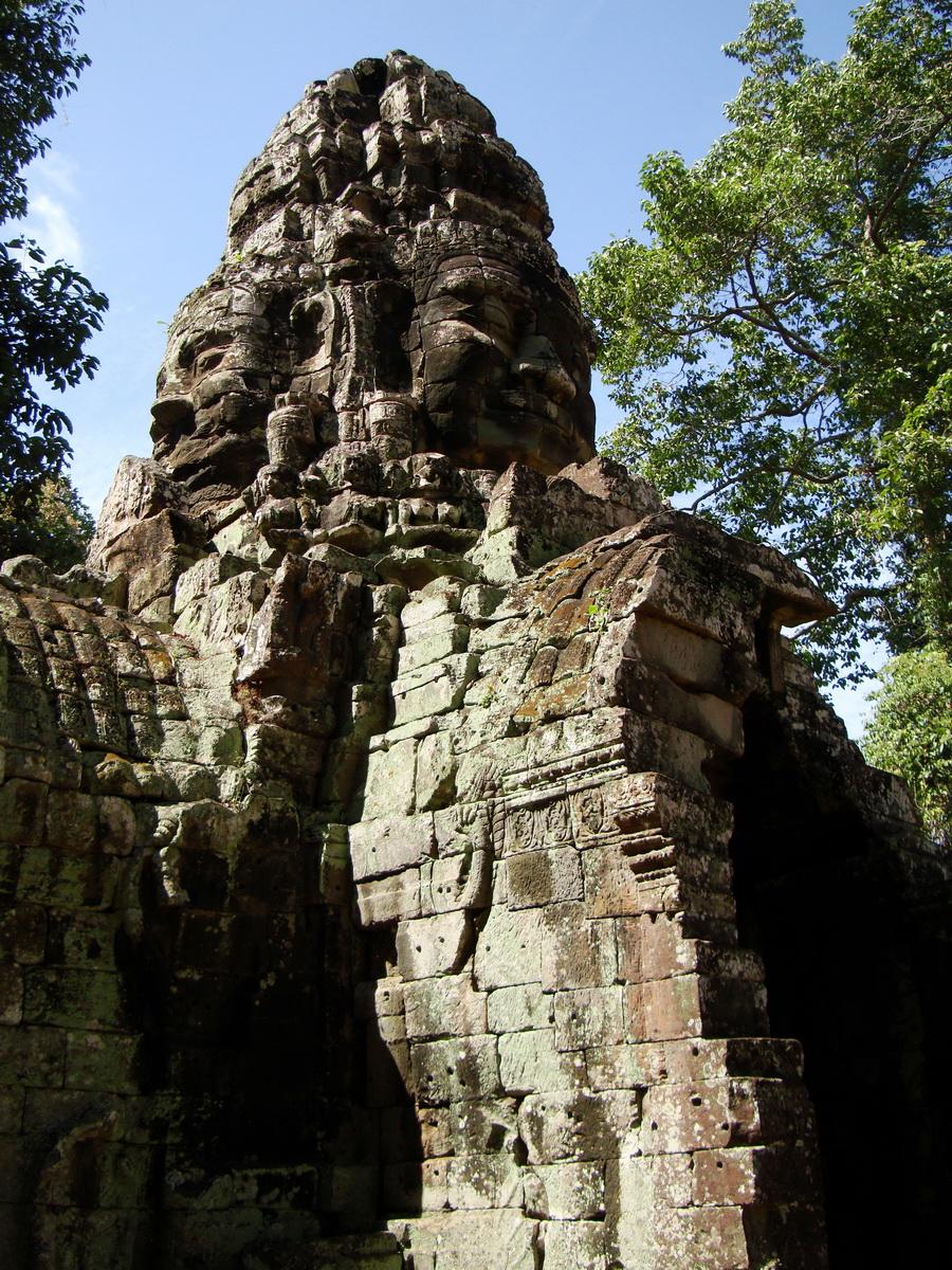 A Banteay Kdei Temple Gopura IV E Bayon style 4 faces 08