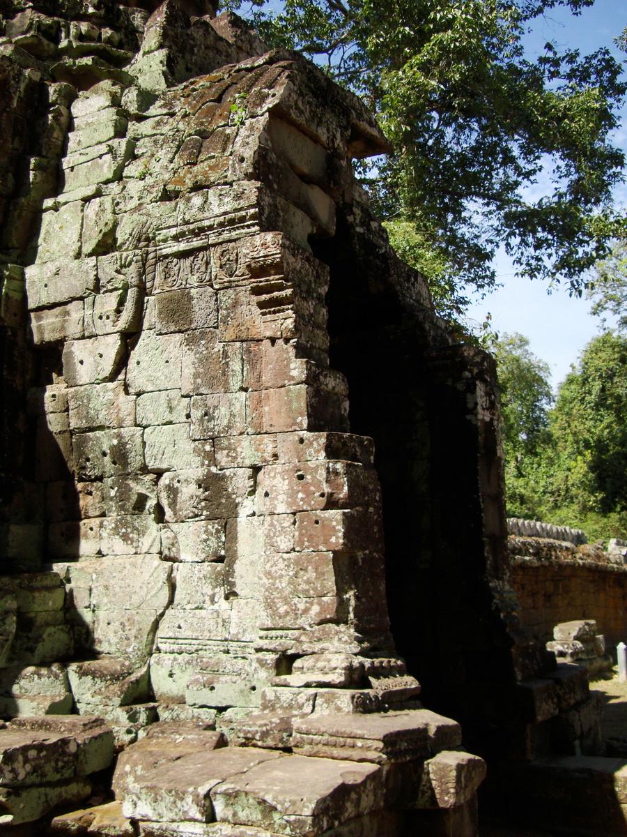 A Banteay Kdei Temple Gopura IV E Bayon style 4 faces 10