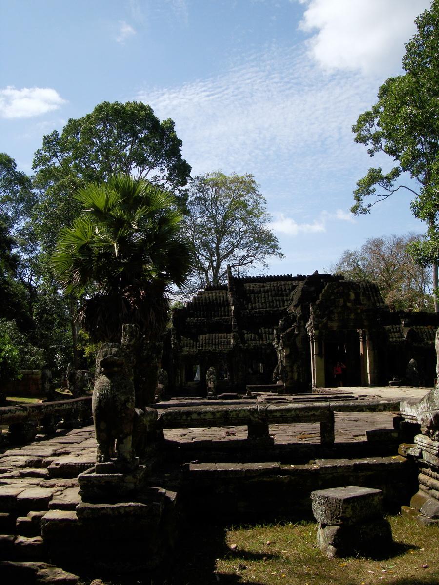 B Banteay Kdei Temple terrace with naga balustrade Angkor Jan 2010 04