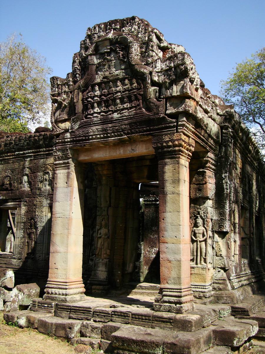 B1 Banteay Kdei Temple Gopura II Angkor Jan 2010 10