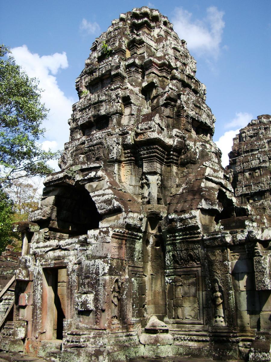 D Banteay Kdei Temple central sanctuary tower 01