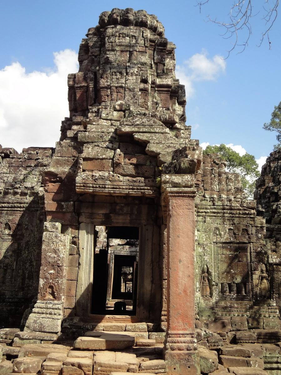D Banteay Kdei Temple main enclosure inner passageways 02