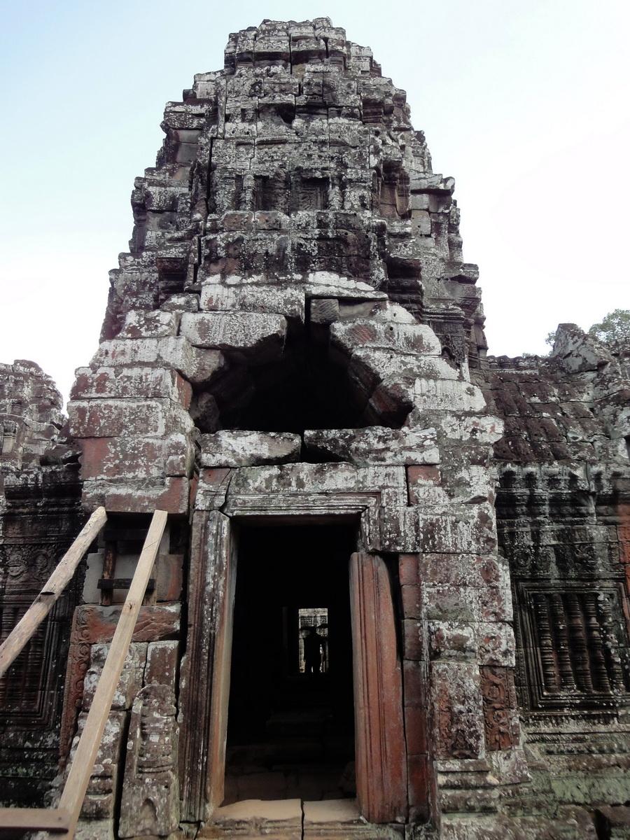 D Banteay Kdei Temple main enclosure inner passageways 04