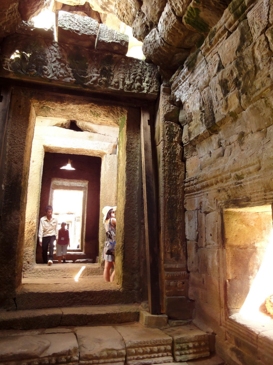 D Banteay Kdei Temple main enclosure inner passageways 07