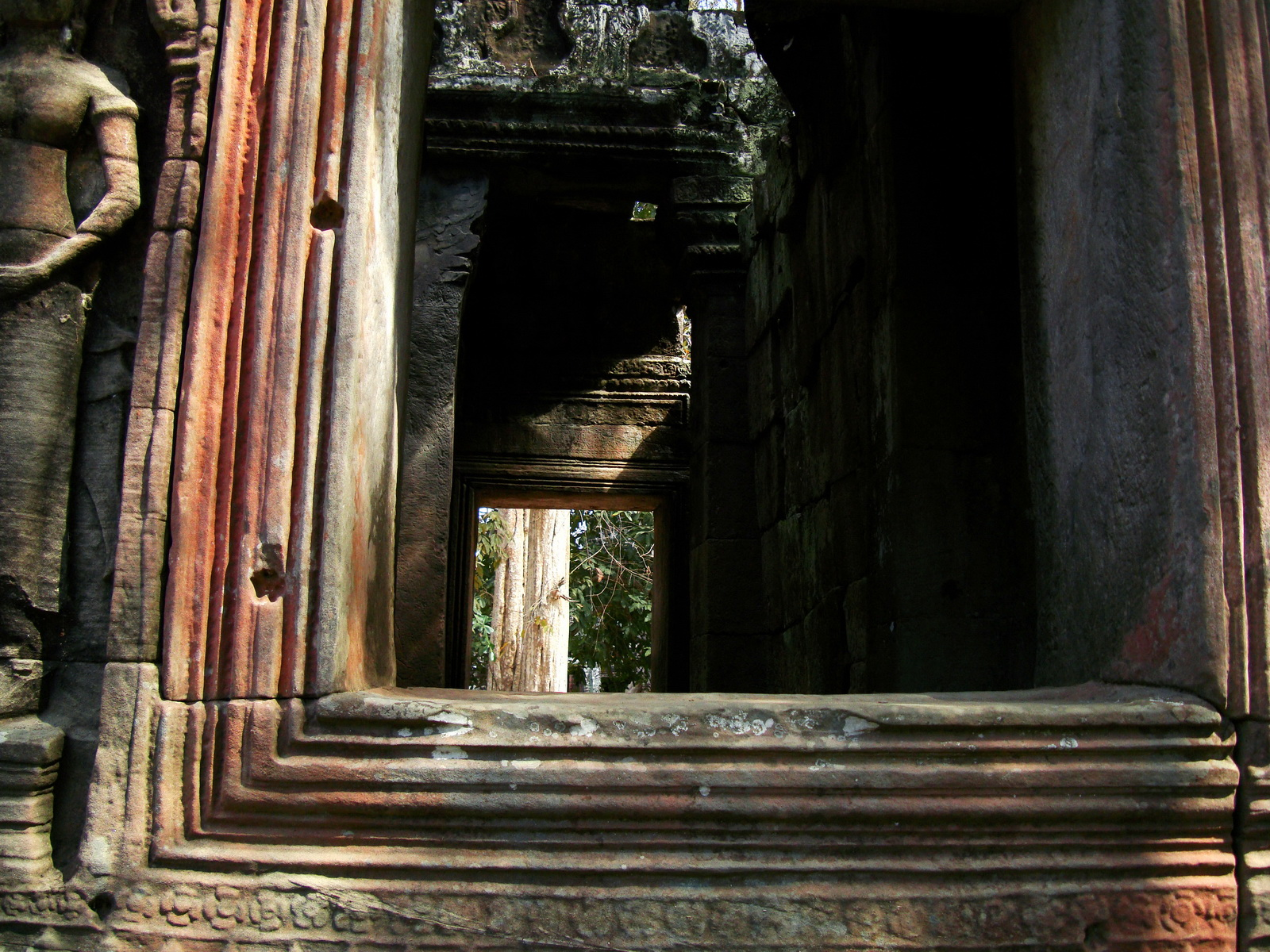D Banteay Kdei Temple main enclosure inner passageways 14
