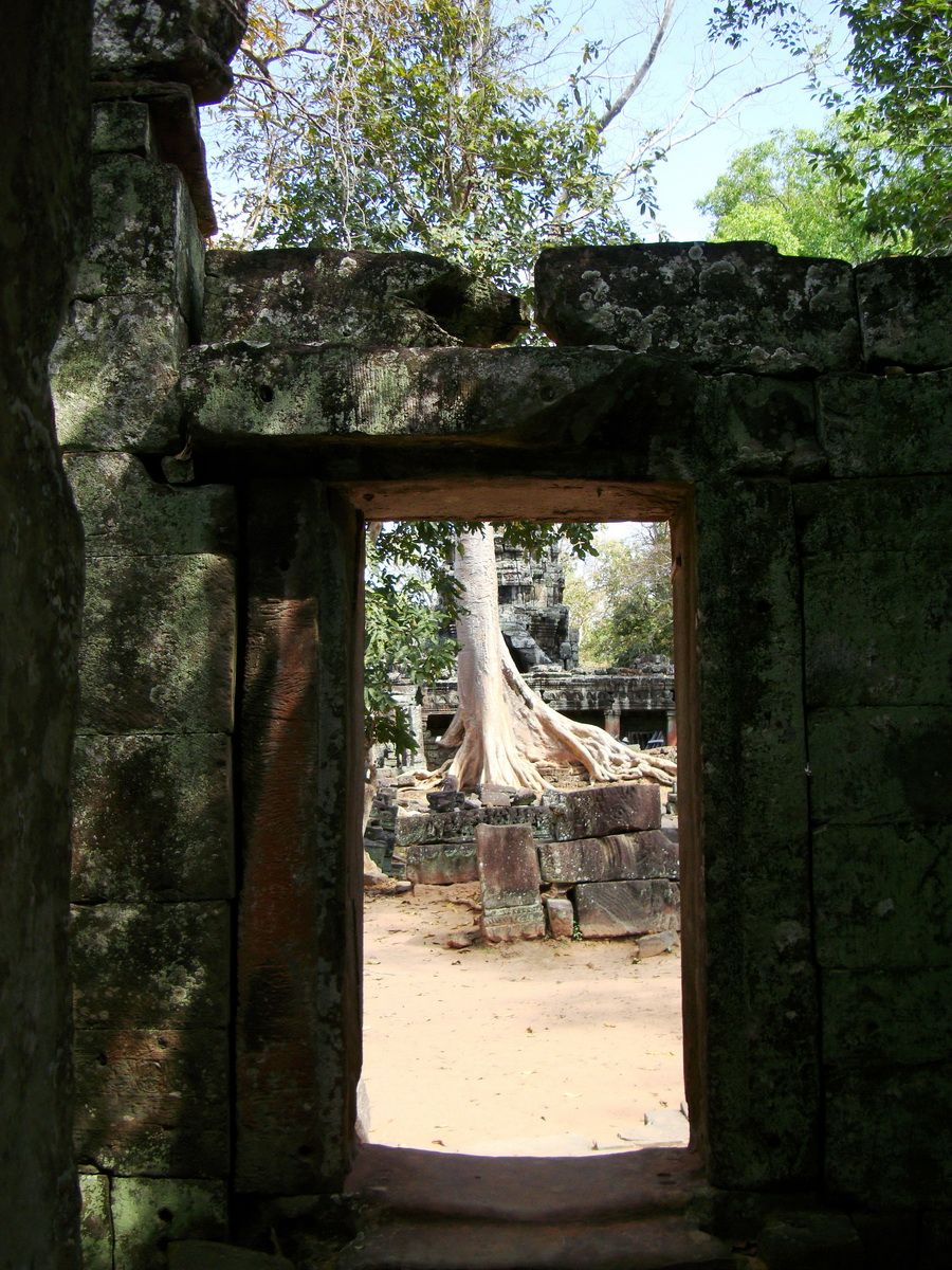 D Banteay Kdei Temple main enclosure inner passageways 15