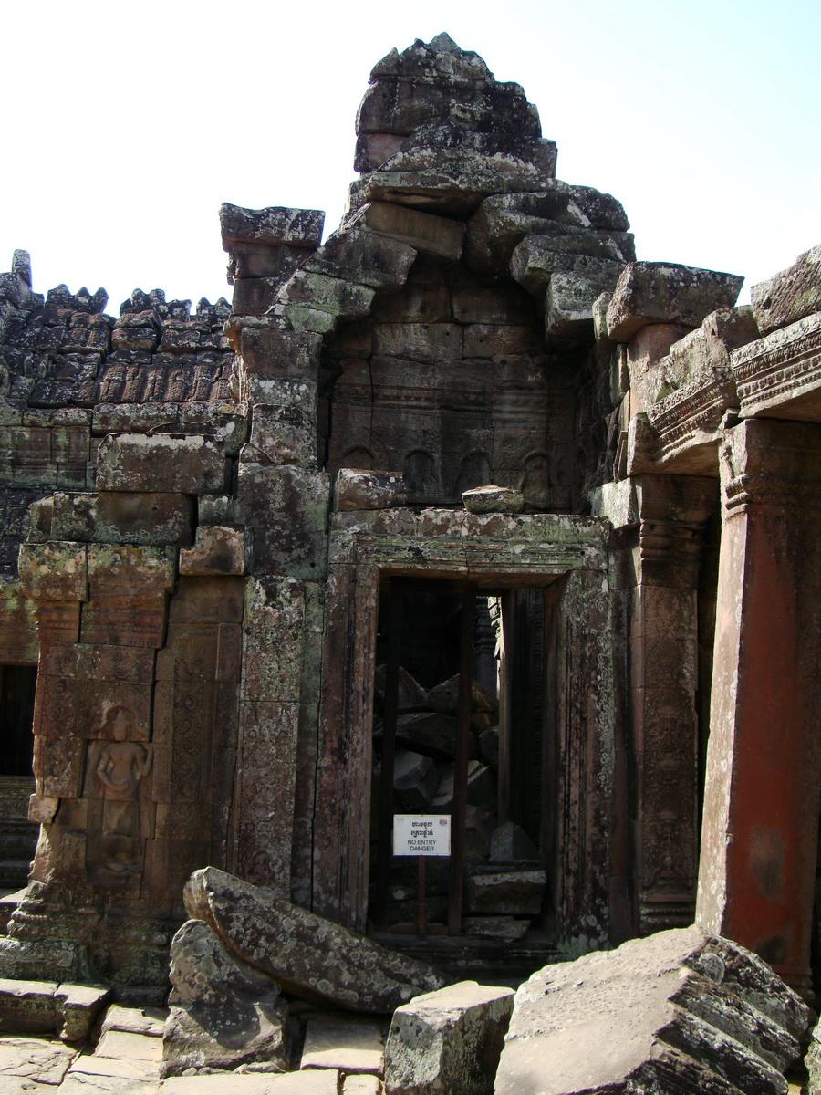D Banteay Kdei Temple main enclosure inner passageways 17
