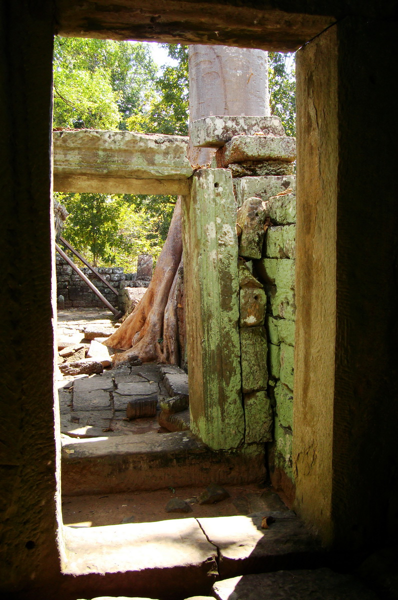 D Banteay Kdei Temple main enclosure inner passageways 18