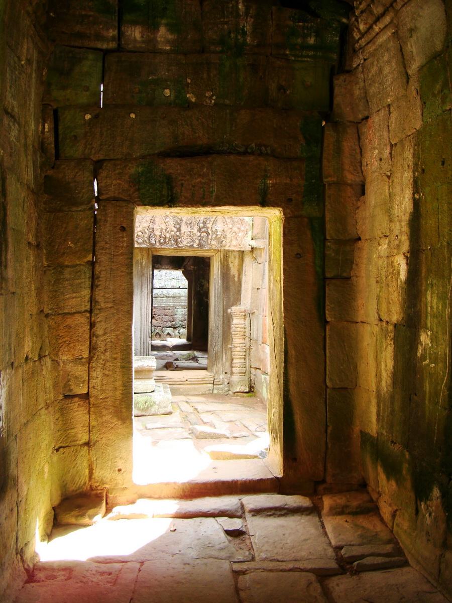 D Banteay Kdei Temple main enclosure inner passageways 19