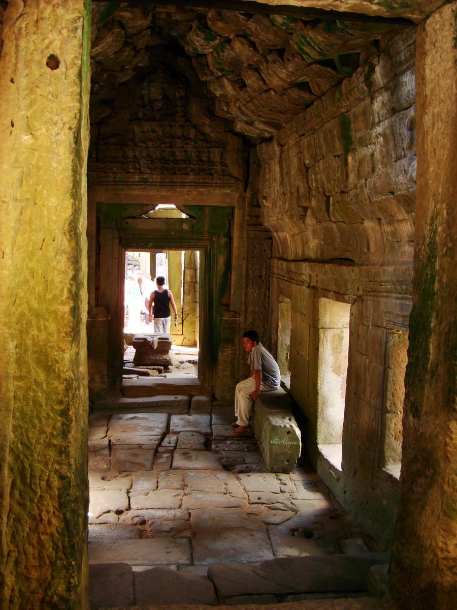 D Banteay Kdei Temple main enclosure inner passageways 20