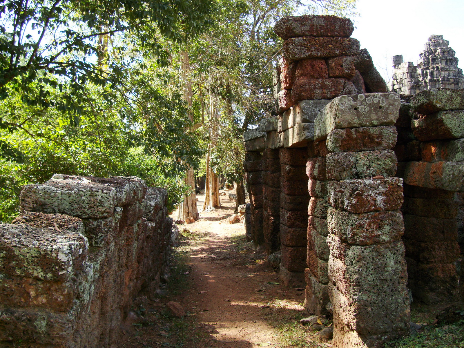 D Banteay Kdei Temple main enclosure inner passageways 21