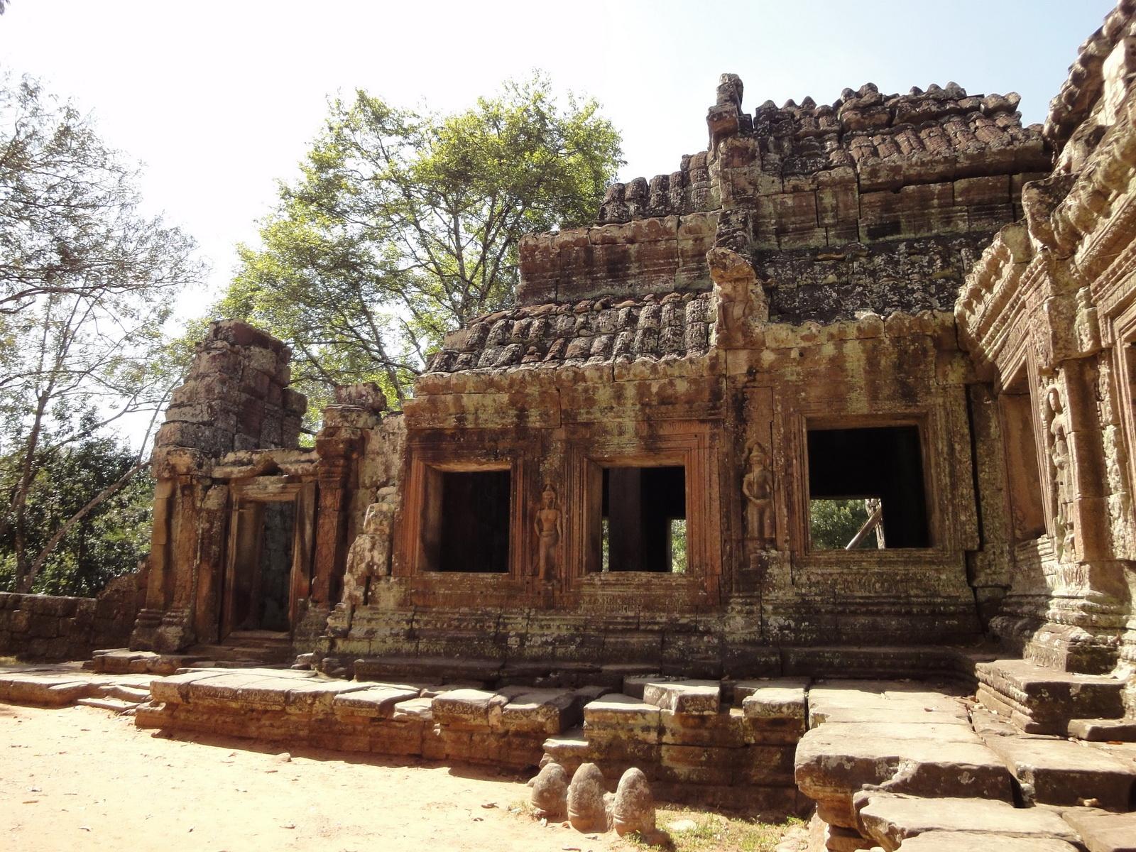 E Banteay Kdei Temple Gopura III W Bayon style 13