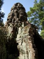 Asisbiz A Banteay Kdei Temple Gopura IV E Bayon style 4 faces 08