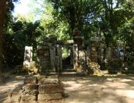 Asisbiz A Banteay Kdei Temple ruins Jan 2010 01
