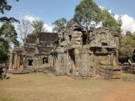 Asisbiz B1 Banteay Kdei Temple Gopura II Angkor Jan 2010 01