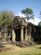 Asisbiz B1 Banteay Kdei Temple Gopura II Angkor Jan 2010 13