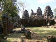 Asisbiz C Banteay Kdei Temple Gopura II E Angkor Jan 2010 04